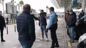 """Macaco, vai para o Porto"": O insulto que provocou confrontos entre Fernando Madureira e adeptos do Benfica"