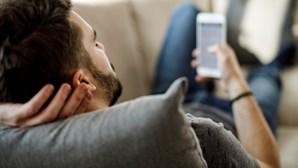 Encontro combinado nas redes sociais acaba em roubo violento