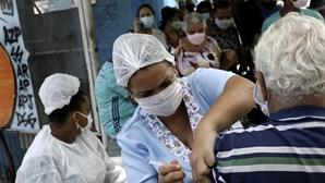 Brasil ultrapassa barreira das 360 mil mortes e 13,6 milhões de casos de Covid