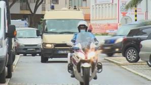 """""""Estava a sair com uma segurança"""": Advogado de jovem morto por ex-namoradas no Algarve fala em tribunal. Siga ao minuto"""