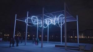 Festival de luzes iluminou a noite de Copenhaga