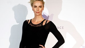 Charlize Theron quer versão lésbica de 'Die Hard'