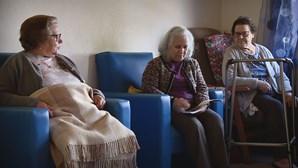 Medo começa a dar lugar à esperança: a vida depois da vacinação Covid-19