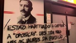 """""""Benfica de Vendas"""": 'Movimento Rua Vi€ira' espalha-se por todo o país. Veja as imagens"""