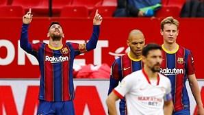 Barcelona vence em Sevilha e sobe provisoriamente ao segundo lugar da liga espanhola