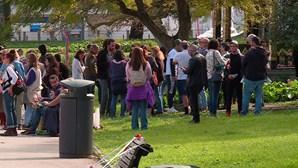 Protesto sem máscara em Lisboa contra as restrições