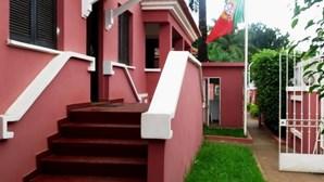 """Secção consular portuguesa em Bissau encerra por """"motivos de natureza sanitária"""""""