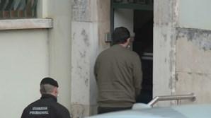 Sandro Bernardo à entrada do tribunal