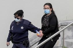 Márcia, madrasta de Valentina, à saída do tribunal