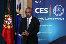 Ministro do Planeamento, Nelson de Souza, apresentou o plano de resiliência aos parceiros sociais
