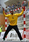 Alfredo Quintana é guarda-redes de andebol do FC Porto e da Seleção