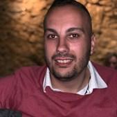 Fábio Vicente, de 29 anos, não resistiu aos ferimentos e o óbito foi declarado no local