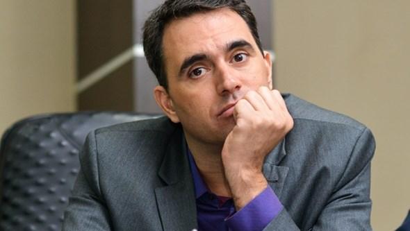 João Loureiro e filho venderam empresa a lobista brasileiro para ex-dirigente do Boavista preparou compra da Omni