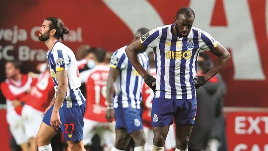 Marega deixou campo cabisbaixo após dois golos seguidos do Sp. Braga
