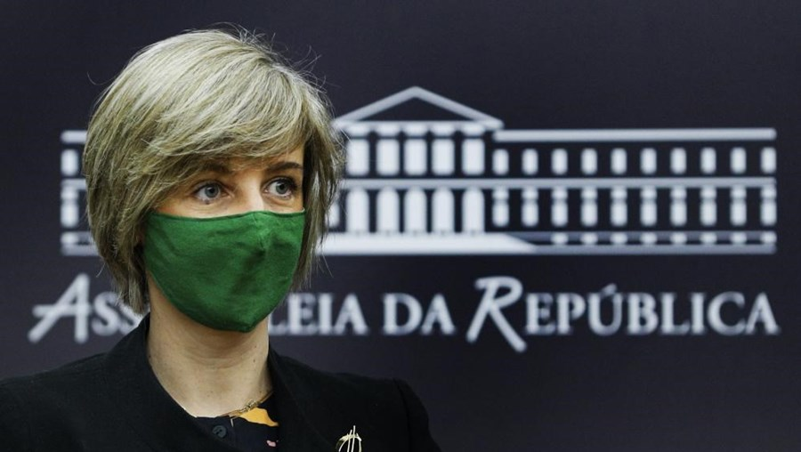 Portugal espera vacinar 60% da população até ao verão
