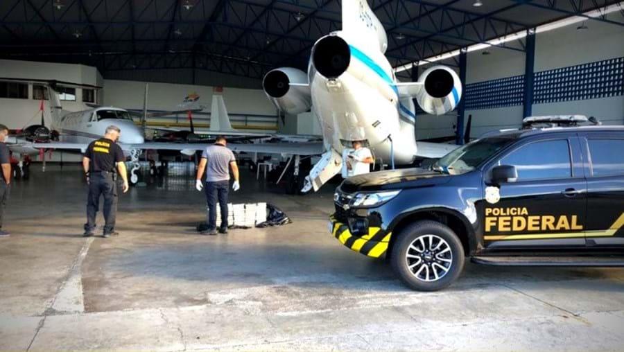 Droga foi apreendida pela Polícia Federal brasileira neste avião de uma companhia portuguesa