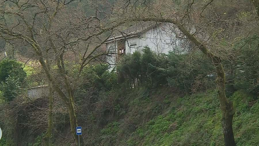 GNR apanha prostitutas e clientes numa casa em Guimarães
