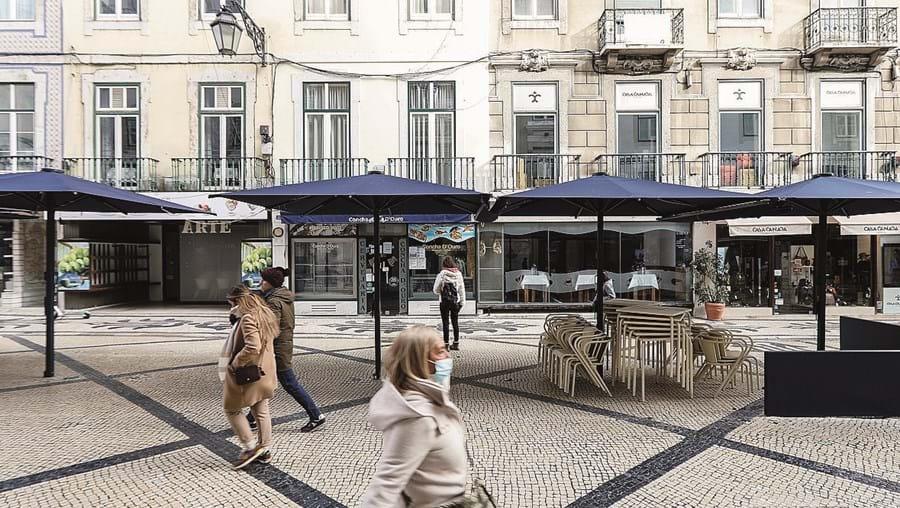Sem negócio e sem dinheiro, os restaurantes têm ainda que pagar o IVA.