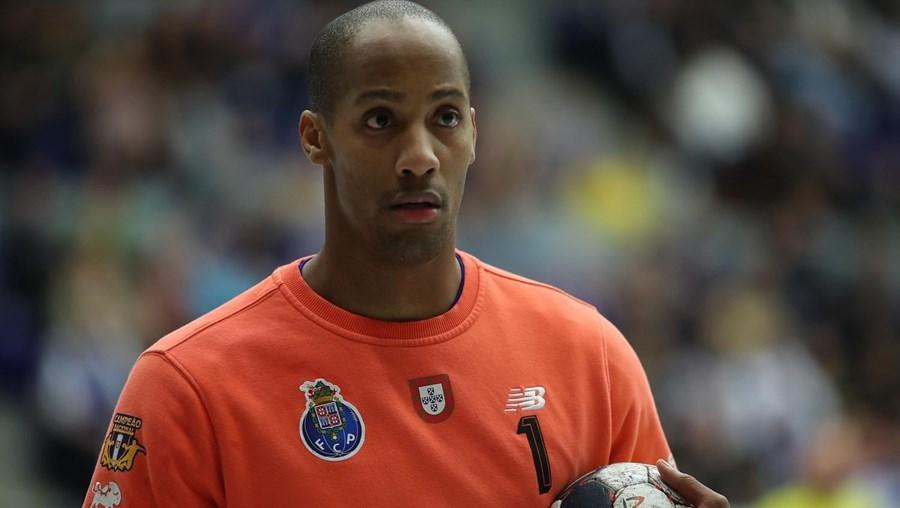 Alfredo Quintana, 32 anos, representa o FC Porto e a Seleção