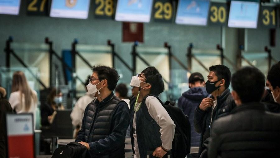 Viagens poderão começar a ser equacionadas, já que Portugal deixou de estar entre as regiões de risco muito elevado