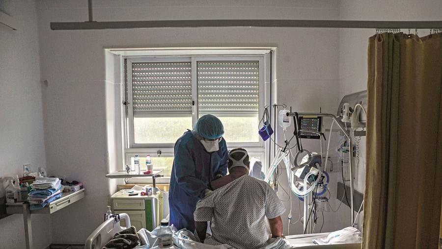 Doses reservadas para profissionais do Hospital das Caldas da Rainha