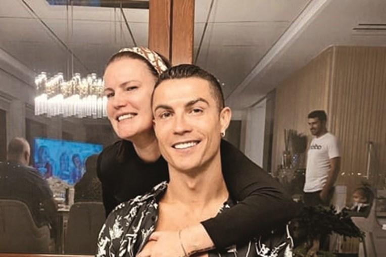 Elma Aveiro e Cristiano Ronaldo