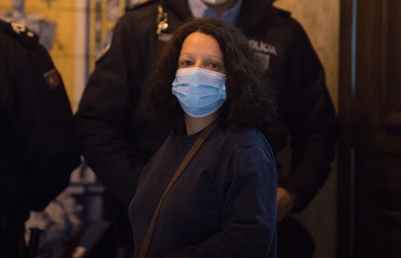 Tradutora, de 47 anos, está presa
