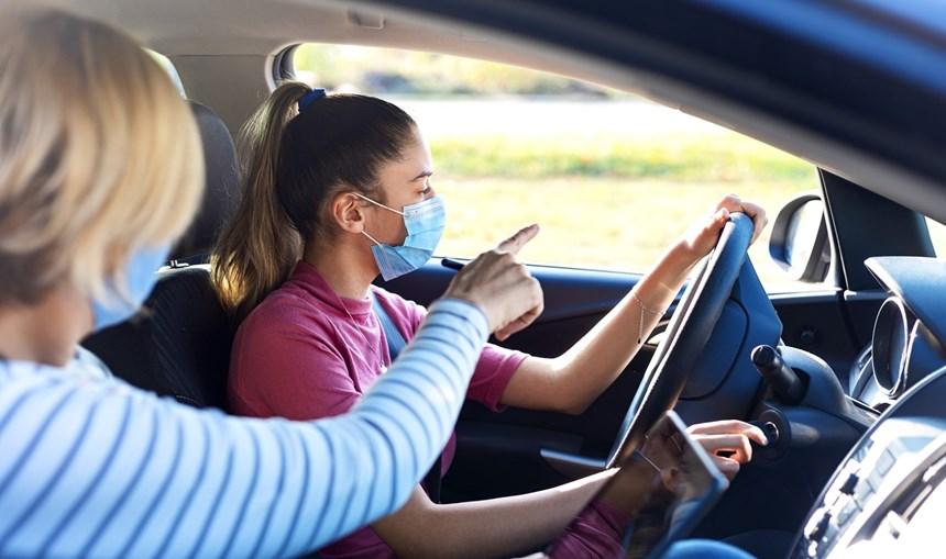 28 mil pessoas inscritas em escolas de condução têm marcação de exame suspensa