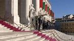 Marcelo Rebelo de Sousa chega a pé à Assembleia da República para a cerimónia de tomada de posse