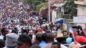 Milhares protestam contra presidente no Haiti