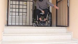 GNR paraplégico 'preso' em casa