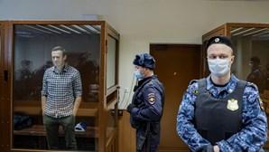 Biden impõe sanções à Rússia por Navalny