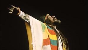 Morreu Bunny Wailer, ícone do 'reggae' e fundador dos The Wailers com Bob Marley e Peter Tosh