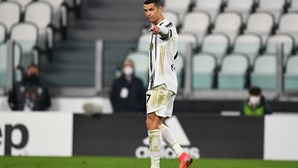 Cristiano Ronaldo marca no regresso da Juventus às vitórias na 'Serie A'