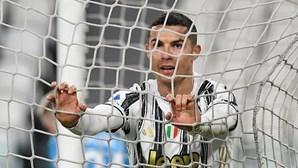 """Imprensa italiana arrasa Cristiano Ronaldo: """"Parece um fantasma em campo"""""""