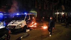 Prisão preventiva para oito pessoas após manifestação violenta em Barcelona