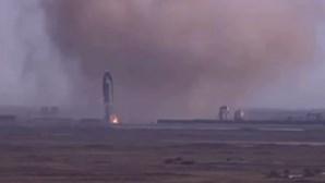 Foguetão da empresa espacial SpaceX explode durante testes nos EUA