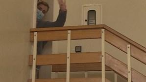 Detida dona de lar ilegal onde duas idosas morreram com sinais de maus tratos