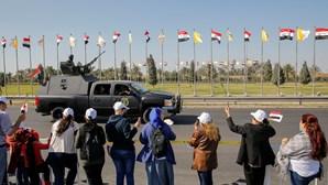 Papa Francisco cumpre primeiro dia de visita ao Iraque. Acompanhe em direto