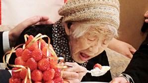 Mulher mais velha do Mundo prepara-se para transportar a tocha olímpica dos Jogos Tóquio2020
