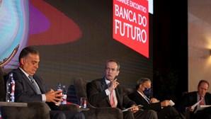 Famílias adiam pagamento de 15 mil milhões de euros em créditos
