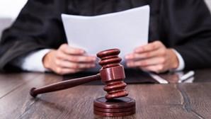 Condenado a seis anos de prisão antigo chefe das Finanças de Gaia