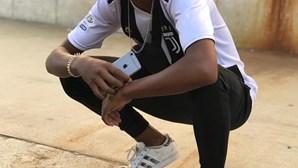 Jovens suspeitos da morte de rapaz de 15 anos atirado a poço ficam em liberdade