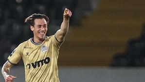 Jorge Jesus aprova regresso de Mangas ao Benfica