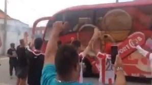 """Varzim mostra """"profundo repúdio"""" por apedrejamento ao autocarro do Leixões"""