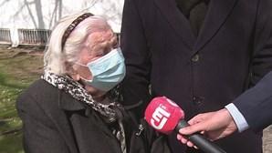 Adelaide Santos venceu a pneumónica e tomou a vacina Covid-19 aos 102 anos em Lisboa