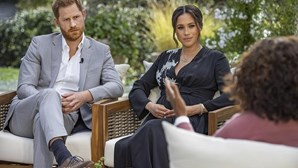 Meghan Markle arrasa família real inglesa em entrevista explosiva