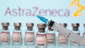 """Governo diz que """"é uma boa notícia"""" que vacina da AstraZeneca seja segura"""