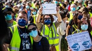 """Trabalhadores da Groundforce recebidos por assessores do Presidente da República saem """"com esperança"""""""