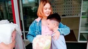 Menina de 13 anos que disse ter engravidado de rapaz de 10 ganha cinco mil euros por mês no Instagram